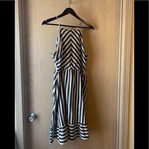 NWT Gilli Summer Dress